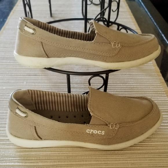 New Women/'s Crocs Walu II Striped Floral Slip-on Loafers Shoes SZ 6 7 8 9